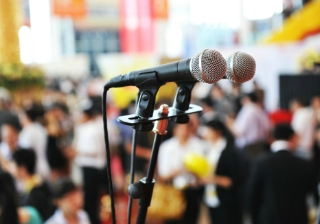 speak conference speaker mic microphone seminar