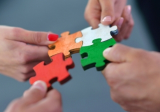 jigsaw puzzle appoint partner join